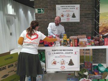Más de 600 kilos de alimentos y juguetes nuevos donados en Navidad