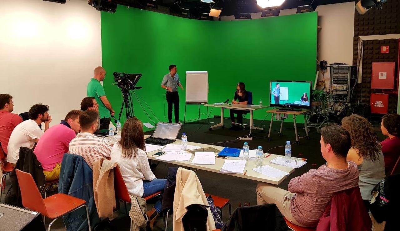 Éxito del proyecto de becas Atresmedia - Fundación Universia para formar a personas con discapacidad en el sector audiovisual