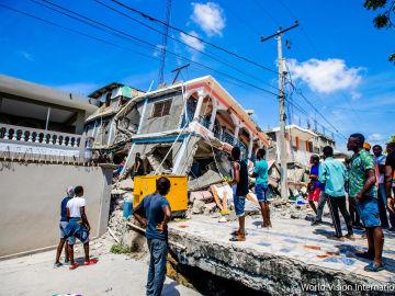 Atresmedia difunde la iniciativa #AyudaEscuchando para apoyar a los afectados por el terremoto de Haití a través del Comité de Emergencia