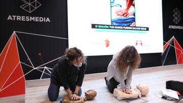 Casi un centenar de empleados de Atresmedia se forman para actuar en caso de parada cardíaca en el Día Mundial del Corazón