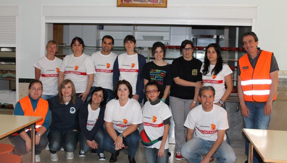 Voluntarios en el comedor social 2013