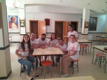 Los voluntarios de Atresmedia vuelven al Comedor Social Santa María Josefa de Vallecas